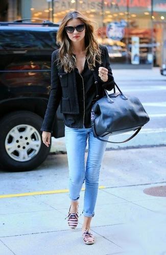 Miranda-Kerr...loving-those-shoes.1