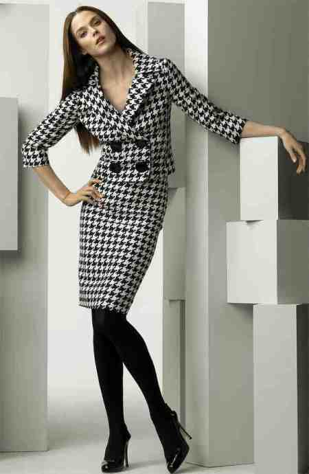 head-to-toe-houndstooth-printed-outfit