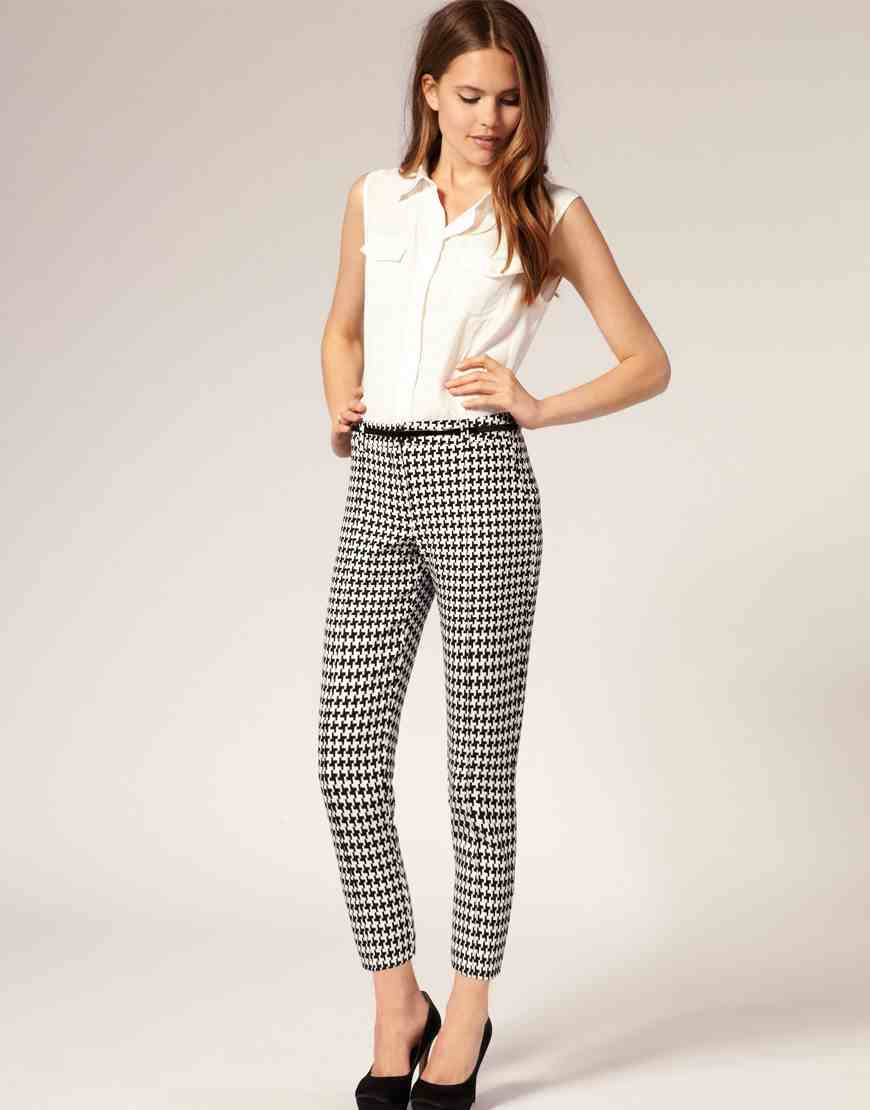 Wear you Trendswould patterened trousers catalog photo
