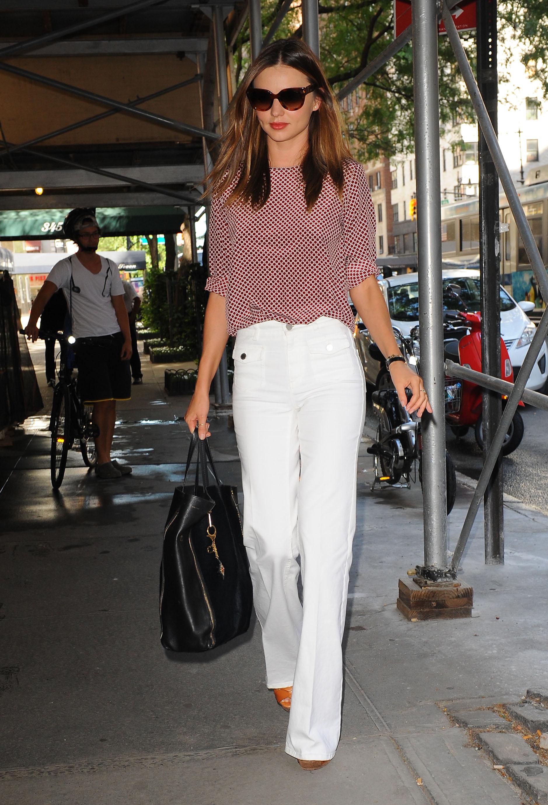 6bc5873462 June 27, 2012: Miranda Kerr goes to doctor office in Manhatan. Mandatory  Credit