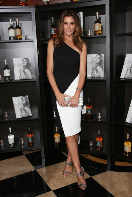 Casmigos Tequila London Launch and Cindy Crawford 'Becoming' Book Launch - Arrivals Featuring: Cindy Crawford Where: London, United Kingdom When: 01 Oct 2015 Credit: Lia Toby/WENN.com