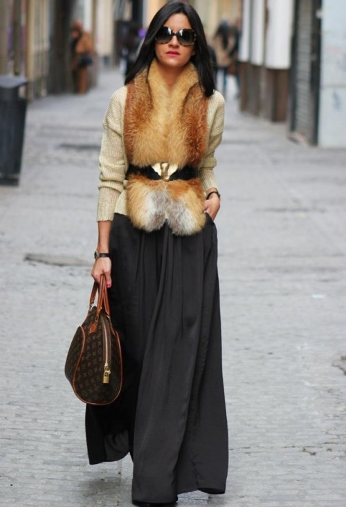 stylish-and-comfy-winter-maxi-skirt-outfits-11-500x732