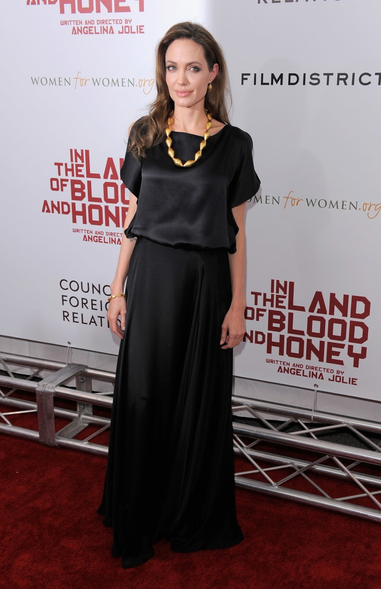 in-the-land-of-blood-and-honey-new-york-premiere-outside-arr-1