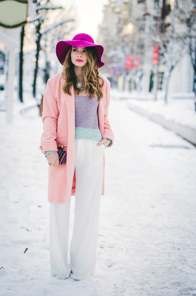 pastel-outfit-winter-white-wide-pants-pink-coat-pink-hat-3