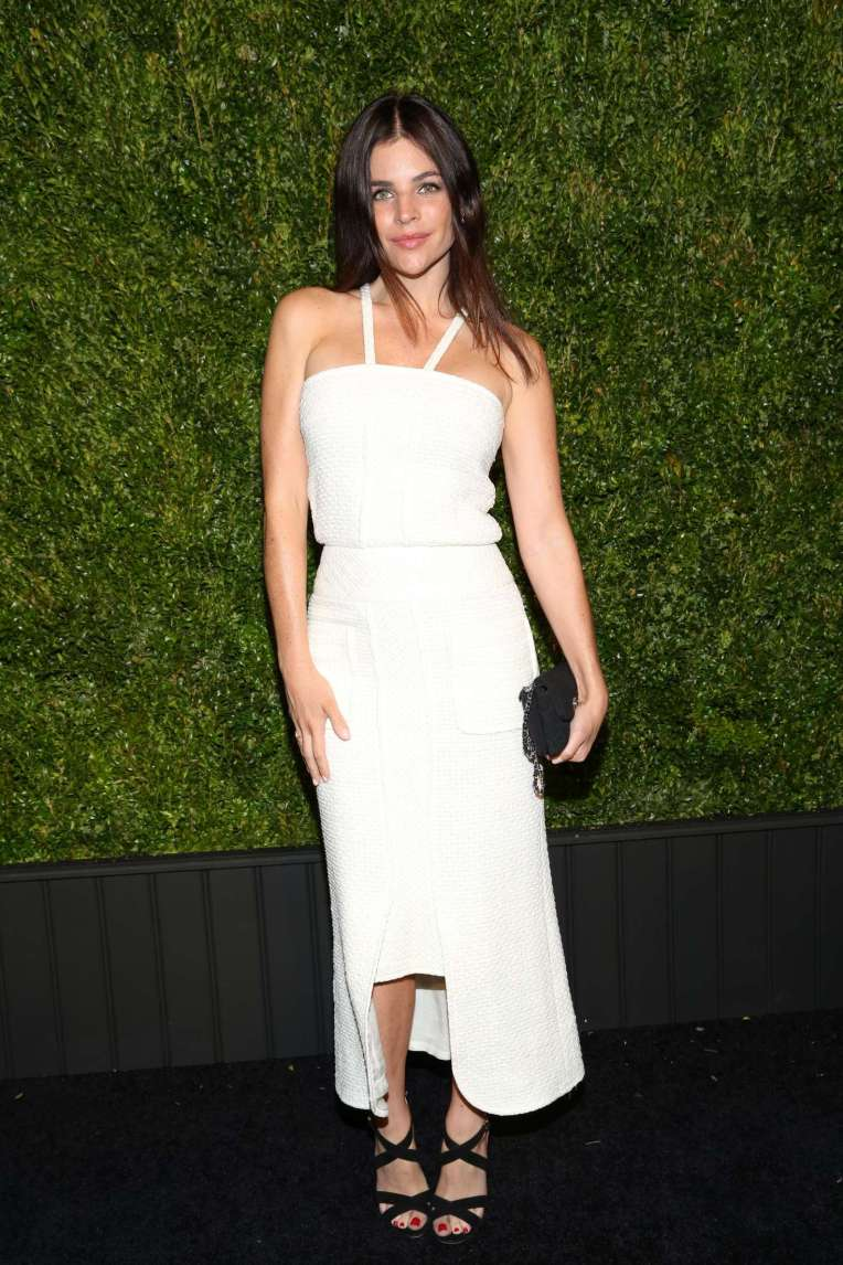 Julia-Restoin-Roitfeld--2016-Chanel-Tribeca-Film-Festival-Artists-Dinner--02