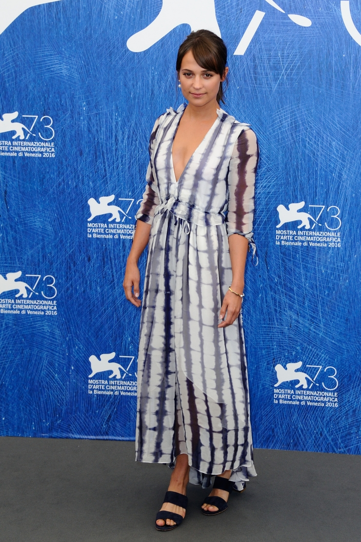 b6dde7e12d She wore a tie dye Prabal Gurung maxi dress