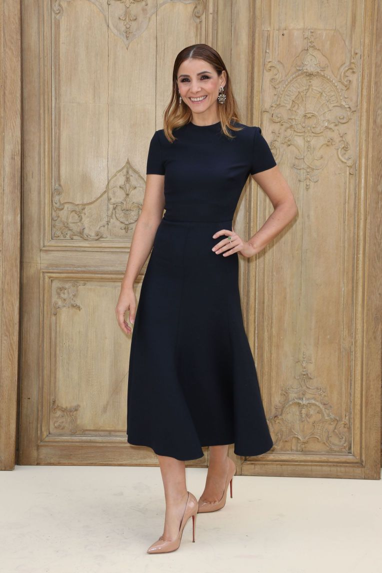 clotilde-courau-at-valentino-show-paris-fashion-week-10-2-2016-2
